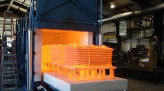 Heat treating oven
